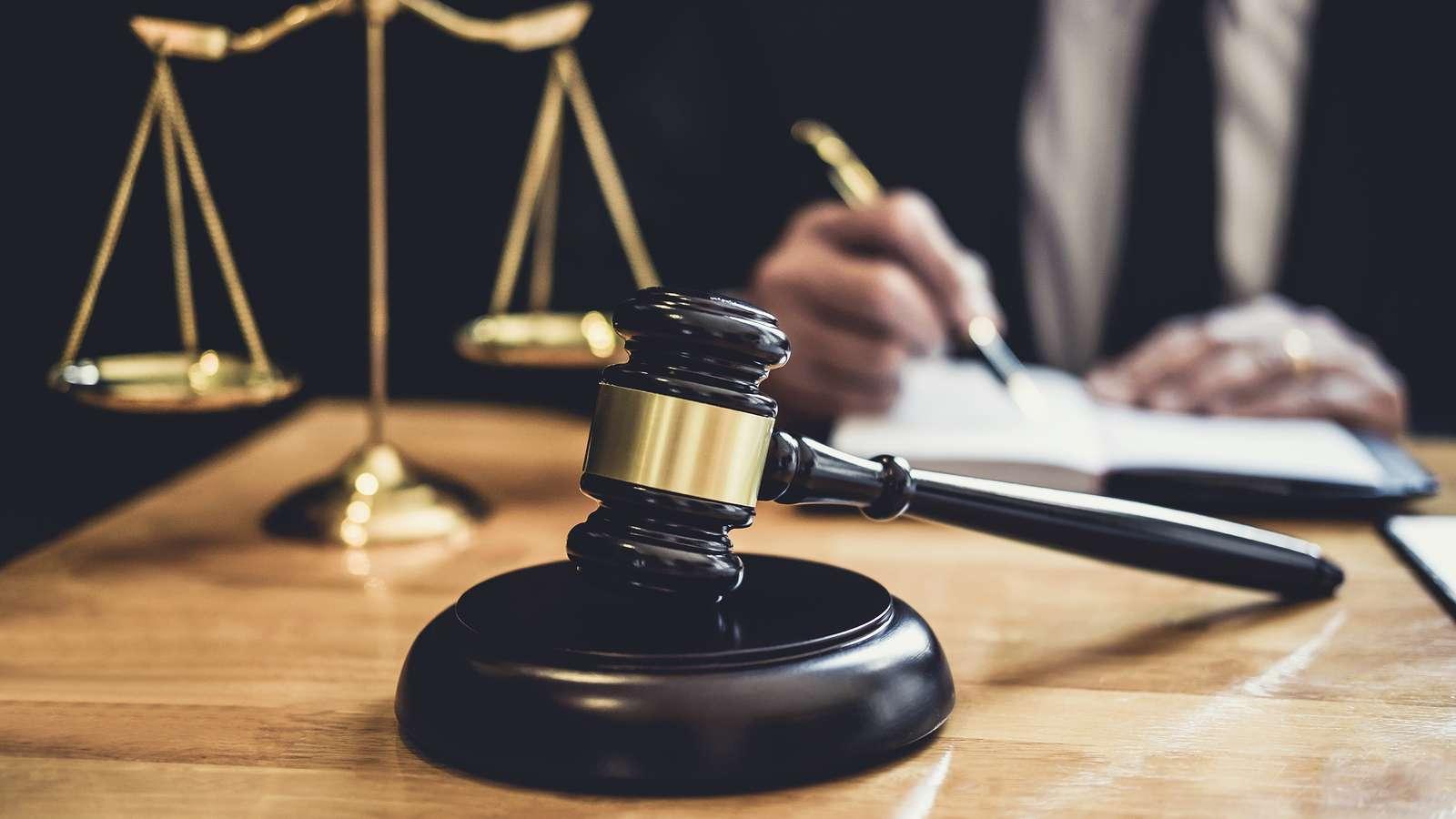 bornova avukat