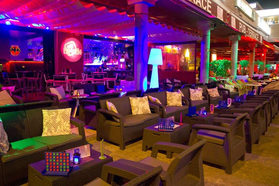 bornova bar
