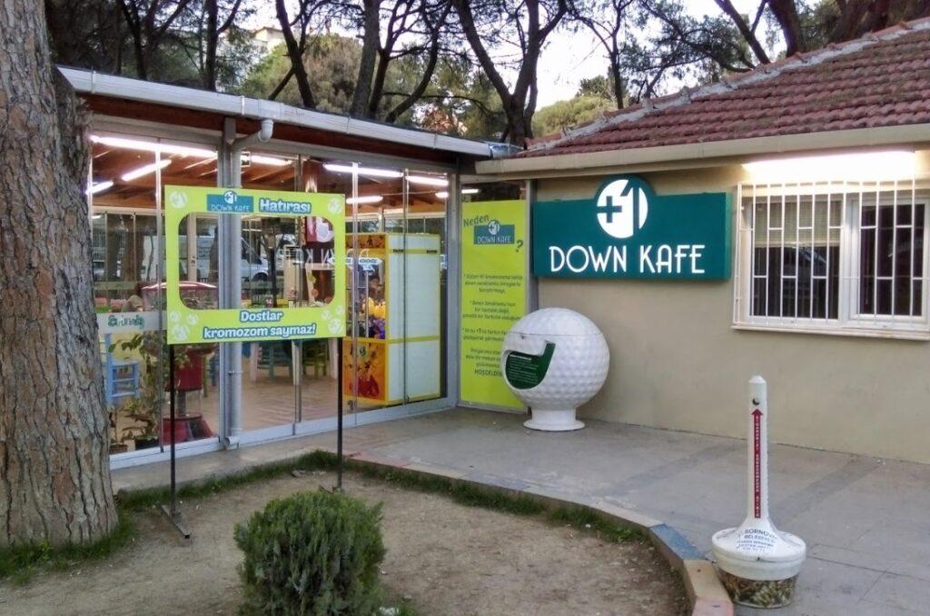down kafe bornova